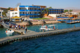9254 People on Naama Bay Jetty.jpg