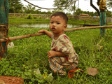 Kid near Battambang.jpg