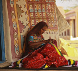 Kutch woman sewing.jpg