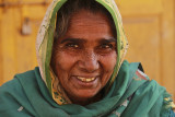 Palanpur market woman close up.jpg
