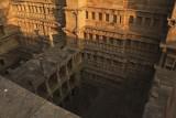 Patan step well 09.jpg