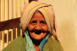 Patan old woman portrait.jpg