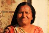 Patan woman 01.jpg