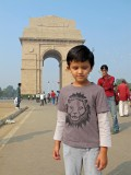 Quick visit to India Gate.  Note bubbles.