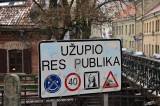 Entering the Užupis Republic