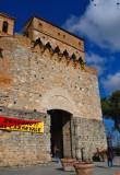 San Gimignano Welcomes us to Carnevale4036