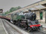 80135 pulls into the platform at Pickering-30.8.02