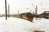 43081 arrives from Kings Cross to a snowy Darlington.