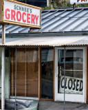 No groceres here