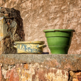 Luberon: Pots on a Wall
