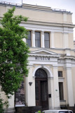 The enlarged museum building dates from 1913