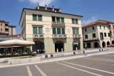 Building on Piazza Ferretto with plaques about Giuseppe Garibaldi