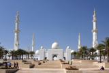 Sheikh Zayed Mosque, on the western end of Abu Dhabi IslandAbu Dhabi
