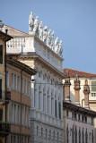 Palazzo Canossa, Corso Cavour