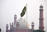 Badshahi Mosque seen from the Minar-e-Pakistan park