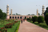 Passing through the gate leads to the large garden surrounding the Tomb of Jahangir