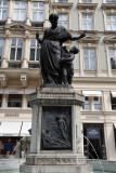 Leopoldsbrunnen, Graben-Vienna