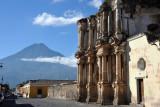 Ruins of El Carmen with the Volcán de Agua, 3a Av Nte, Antigua Guatemala
