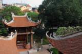 The upper level is dedicated to three kings, Lý Thánh Tông (1023-1072), Lý Nhân Tông (1066-1127), and Lê Thánh Tông (1442-1497)