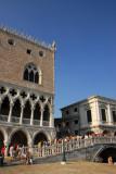 Doge's Palace and the bridge Ponte della Paglia (Bridge of Straw)