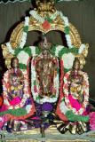 Malayappan with ratnAngi and nAchimAr