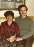 1980 Thanksgiving Sandy and Dad ps 800h.jpg