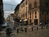 Via Rizzoli from Piazza di Porta Ravegnana