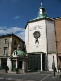 Tempietto di Sant'Antonio in the afternoon sun