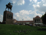 Statue of King Tomislav and station