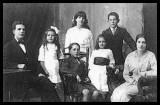 Pain Family 1916