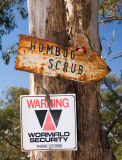 This way to Humbug Scrub; now how will I get down again?