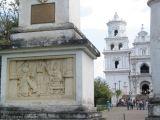 Ingreso al Parque Frente a la Basilica