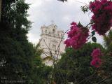 Vista de la Iglesia Desde el Parque
