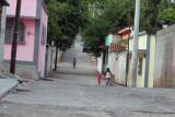 Las Calles se Caracterizan por su Limpieza y Tranquilidad