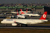 TURKISH AIRLINES AIRCRAFT IST RF IMG_5119.jpg
