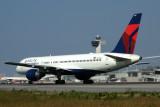 DELTA BOEING 757 200 JFK RF IMG_7455.jpg