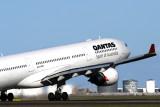 QANTAS AIRBUS A330 300 SYD RF IMG_6372.jpg