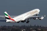 EMIRATES AIRBUS A340 500 SYD RF IMG_8831.jpg