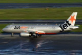 JETSTAR AIRBUS A320 SIN RF IMG_2654.jpg