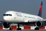 DELTA BOEING 757 200 JFK RF IMG_4768.jpg