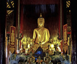 Wat Phan Tao, prayer hall interior