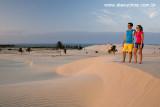 Casal na praia do Cumbuco, Caucaia, Ceara 8401.jpg