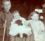 Ernest , Bessie & Gladys Taylor