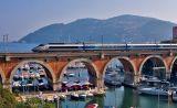 Near Cannes, a TGV Réseau on the La Rague bridge, at Théoules-sur-Mer.