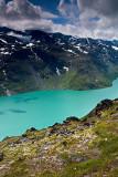 Bessegen Ridge Trail: Lake Gjende