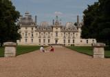 I'd sit on the grass.... Château de Cheverny