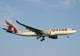 Qatar A-330-200 approaching JFK RWY 22L