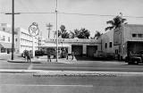 1950's - Texaco gas station at 11th Street and Washington Avenue on Miami Beach