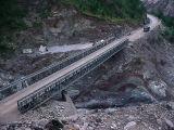 Makeshift Bridge near the landslide area - P1280318-2.jpg