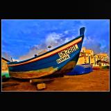 ... blue wood boat !!!